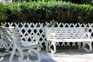 Sitzgelegenheiten im Freien